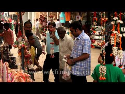 Shopping for Diwali - Everybody seems busy!