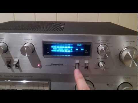 Testing a Pioneer SA-610 stereo amplifier