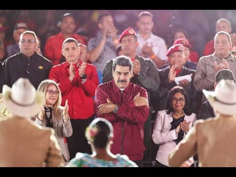 """Presidente Maduro dirige evento """"Canto a Chávez"""" a 7 años del fallecimiento del líder revolucionario"""