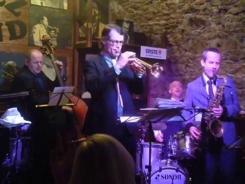 A Night At Tony's, John Marshall Quintet