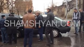 Ոստիկանության Մալաթիա Սեբաստիայի բաժնի դիմաց բախվել են Toyota Land Cruiser ն ու Mercedes ը