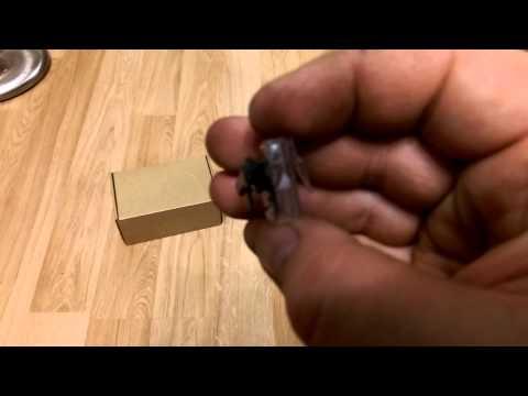 Видео обзор: Пистолет клеевой BOSCH PKP 3,6 LI