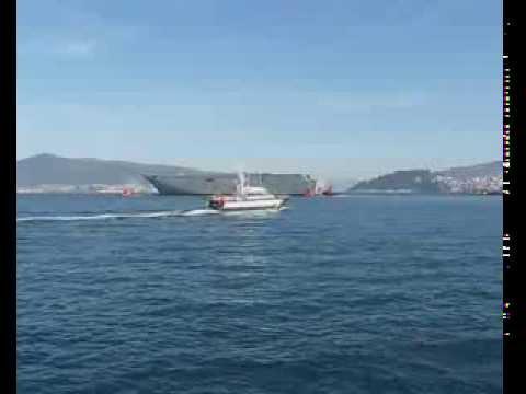 "Megabuque ""HMAS Adelaide"" tipo LHD para Armada Real Australiana"