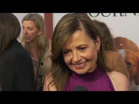 """Gail Mancuso Talks About """"A Dog's Journey"""" At The Premiere"""