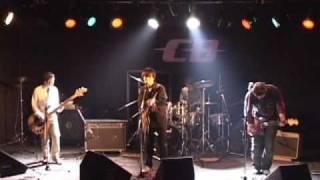 2006年03月05日 @LIVEHOUSE CB サビ裏のギターがたまらない一曲です。 ...