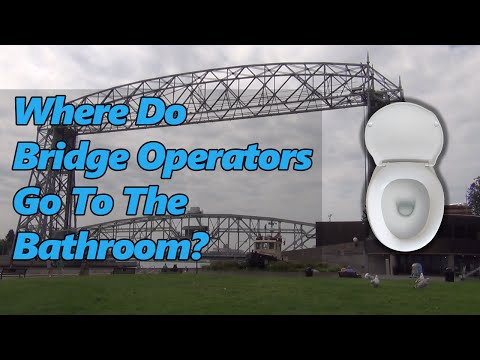 Ken & Cathy Visit The Aerial Lift Bridge – Where Do Bridge Operators Go To The Bathroom?