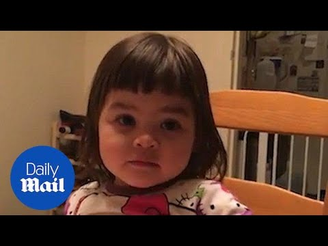 Little girl struggles to quack leaving parents in hysterics - Daily Mail