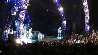 Van Halen - Feel Your Love Tonight / Somebody Get Me A Doctor, Shoreline Amphitheatre CA 7/16/2015