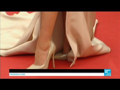 High-heels 'ban' kicks up fuss at Cannes film festival - YouTube