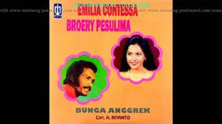 SETANGKAI ANGGREK BULAN BY EMILIA CONTESA BROERY M Tembang Nostalgia Puisi Cinta