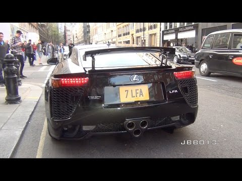 Lexus LFA Crazy V10 Exhaust Sound in The City