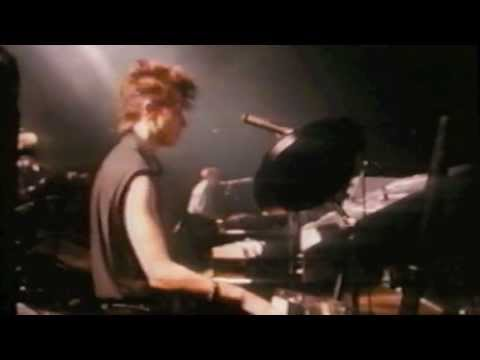 Depeche Mode: Just Can't Get Enough (live 1984)