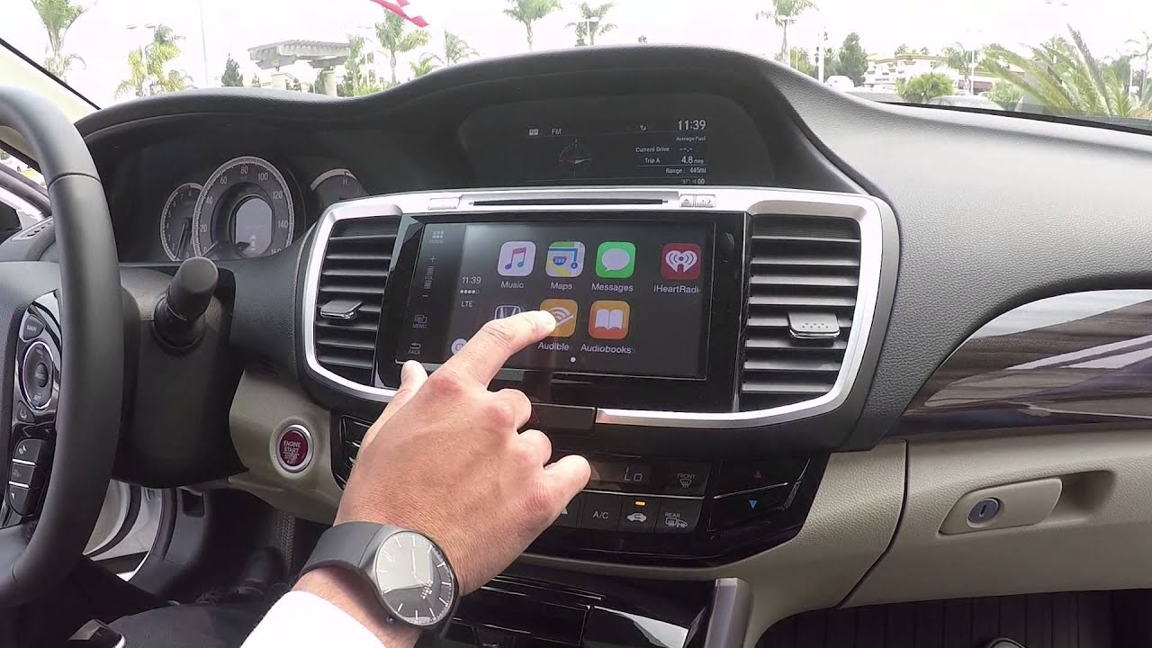 A smarter, safer way to use your iphone in the car, carplay takes the things you want to do with your iphone while driving and puts them on your car's built-in.