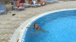 Ура! Я научилась плавать! Анапа. Первый раз на юг.