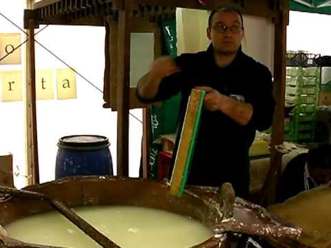hqdefault - L'histoire d'une feuille de papier : De la pâte à papier à la feuille