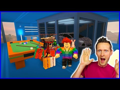 The BEST Penthouse Apartment in Jailbreak with Captain Jack