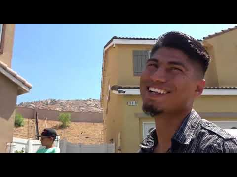 (EPIC) Mikey Garcia Reaction To Heavyweight Walking Out Of Ring After Bell EsNews Boxing