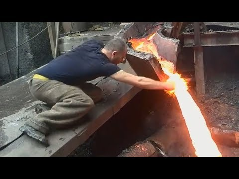 SEE WHAT HAPPENS when guy touches MOLTEN METAL