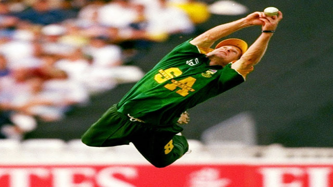 JONTY RHODES ○TOP 5 ○ IMPOSSIBLE CATCHES (Best Fielding Skills In Cricket [EVER]) (HD) - YouTube