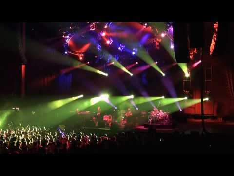 Phish | 06.18.10 | Tweezer Reprise, Tweezer Reprise | Comcast Theatre - Hartford, CT