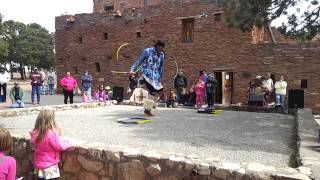 Navajo dancers performing Hoop dance at Hopi House, Grand Canyon