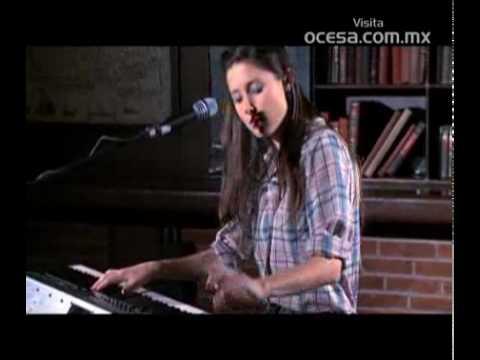 Francisca Valenzuela - Los Poderosos