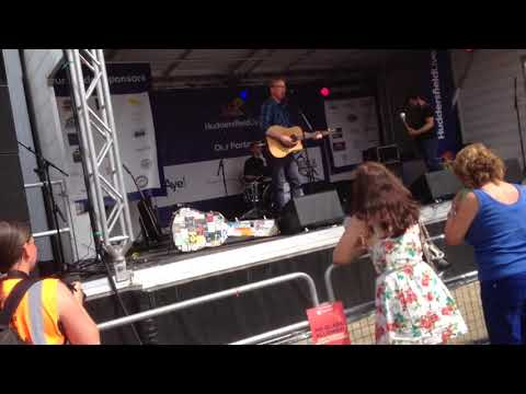 Roger Davies Plays Brighouse On A Saturday Night Live At Huddersfield Food And Drink Festival 2018