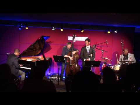 """The Kevin Harris Project plays """"Segment"""" at the Side Door Jazz Club"""