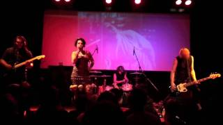"Mz Ann Thropik - ""Rule of Three"" live at UTBM 2010"