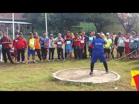 Tolak Peluru UPT Pendidikan Kec. Ciledug Pada Invitasi Atletik Kab. Cirebon 2017