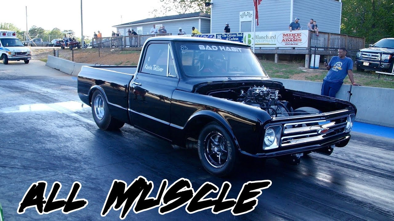 HAS NITROUS BUT THIS BIG BLOCK C10 GOT IT DONE ON MOTOR AT TRUCK WARS