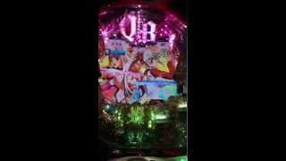 三重県津市ガチャポン久居店でパチンコ CR クイーンズ ブレイド クライマックスを打ってみた動画です。