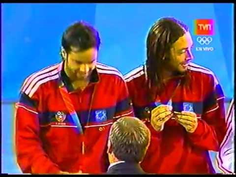 Nicolas Massu y Fernando Gonzalez - Medalla de Oro ceremonia de premiación Atenas 2004