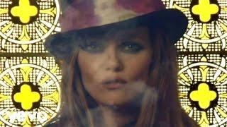 Смотреть клип Vanessa Paradis - Il Y A