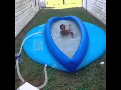 LMFAOOO he look like he swimming in the pussy