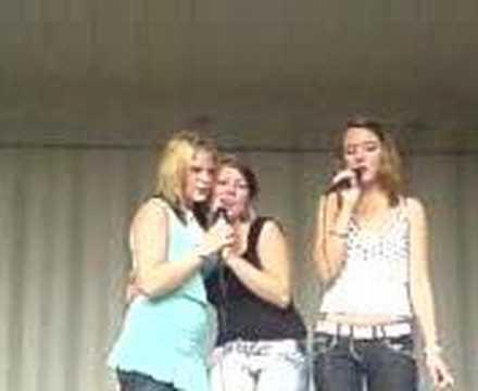 karaoke by jenni, nessa & nina