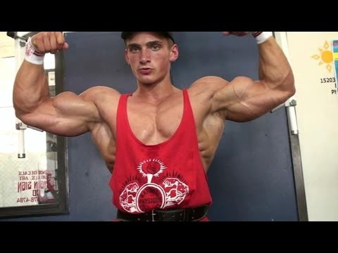 New muscle bodybuilding DVD:Cody Pecs & Posing - MostMuscular.Com