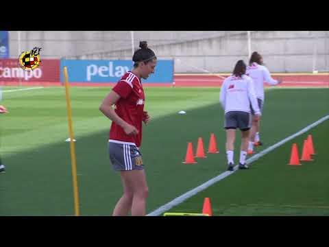 Entrenamiento de la Selección Femenina de Fútbol para preparar la Clasificación del Mundial 2019