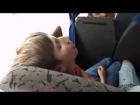 Она спит видео знать