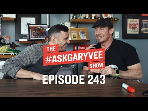 Erik Wahl, Creatives and Business & When the Bubble Bursts | #AskGaryVee Episode 243
