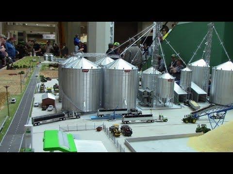 40ft Long Model Farm Display 360 Degree Tour