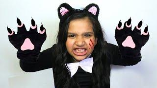 शफ़ा एक बिल्ली का बच्चा बन गयी।