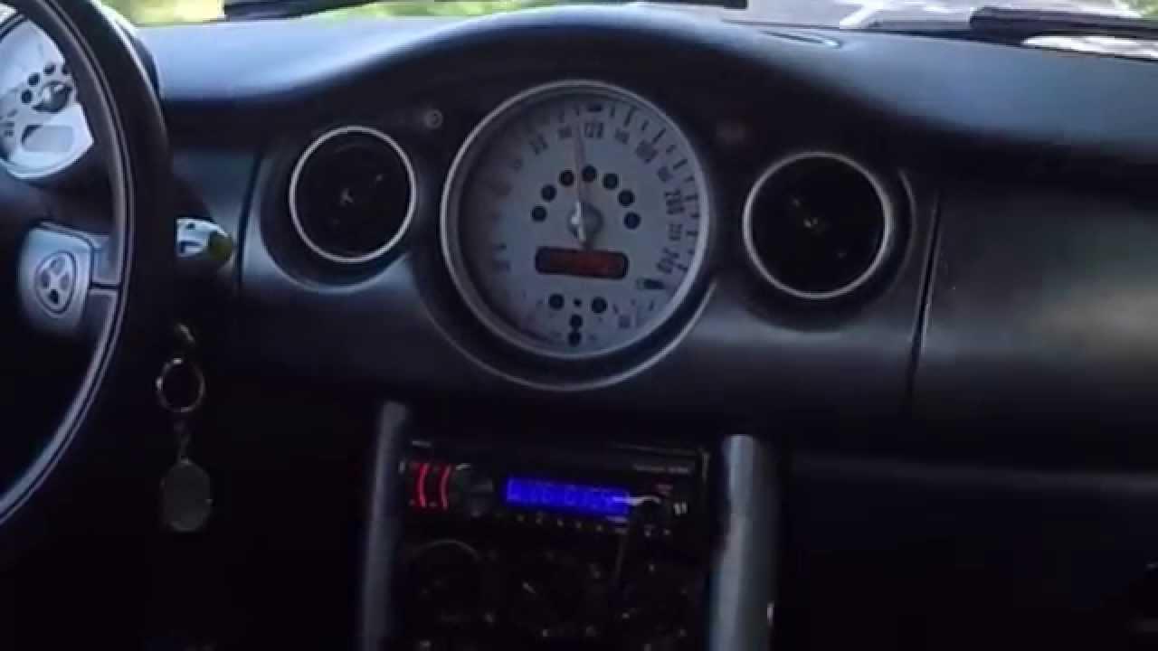 Mini Cooper S Accélération Intérieur - YouTube