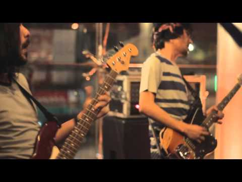 [LIVE] 01.10.2015 Kelompok Penerbang Roket - Bimbang Dan Ragu
