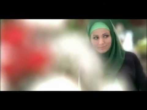 L'Oreal is not first to cast Hijab-Wearing Model in Shampoo Ad