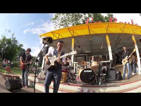 Chino Swingslide and The Jumping Cats at La Boule / Moscow /Russia