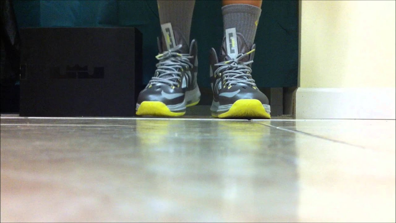 Nike LeBron 10 X Canary Yellow Diamond