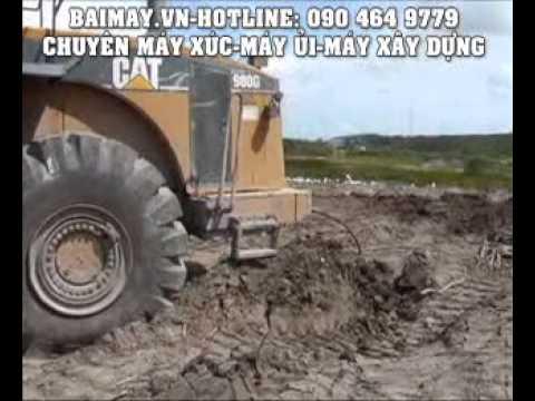 Máy xúc lật cứu xe tải Volvo.