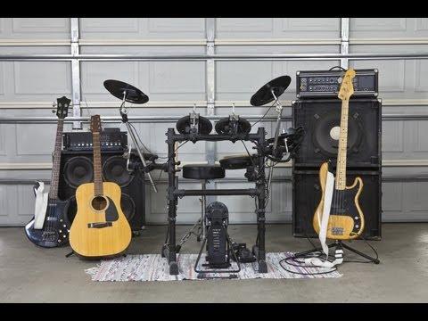 Mono Vs  Stereo Tracks in Garage Band   TechMuze Academy
