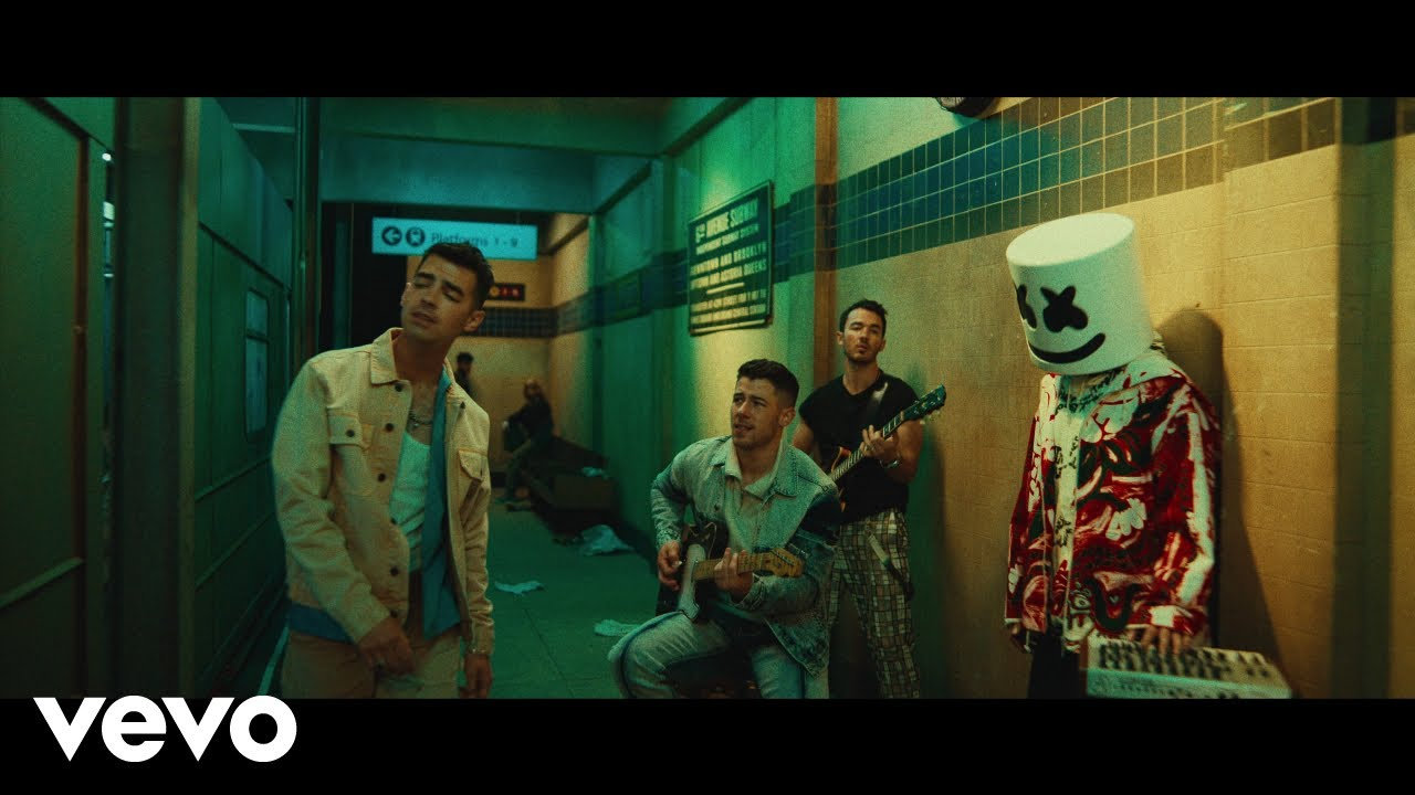 """NEW VIDEO ALERT: Marshmello x Jonas Brothers """"Leave Before You Love Me"""""""